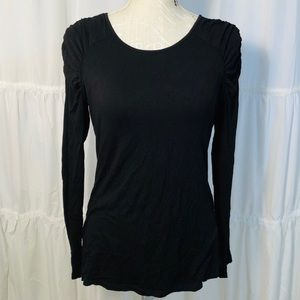 Vince Camuto Black Ruched Long Sleeve Tee size S